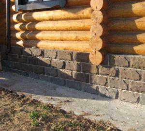 Отделка фундамента в деревянном доме